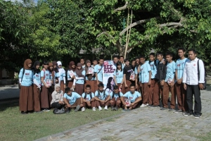 School to school Road Show with Beemagz : SMA 6 Mataram