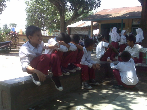 Generasi Penerus Bangsa (nanti), siswa sekolah dasar